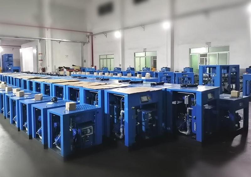 惠州空压机:螺杆空压机空气压缩水分含量过高伤害